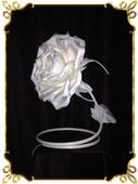 Светильник настольный роза