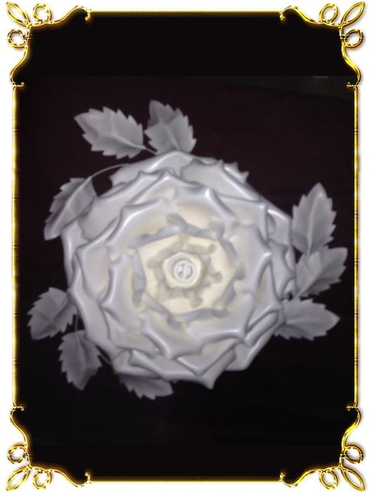 Люстра роза